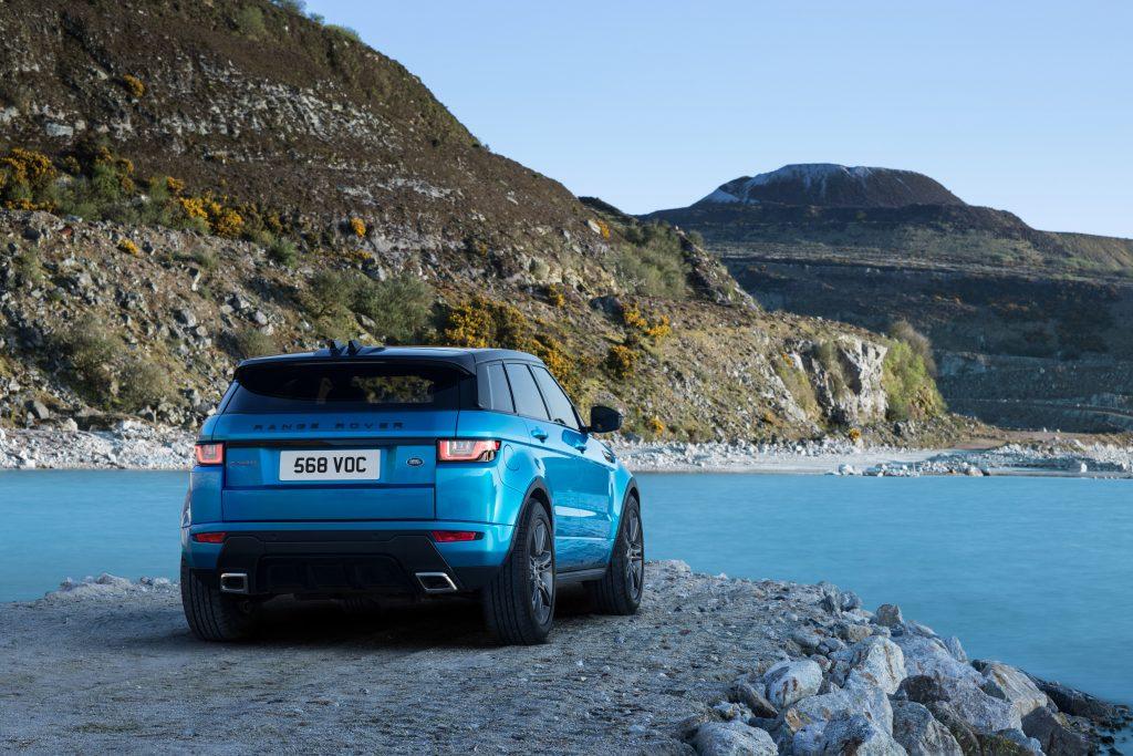 246432-11-Land-Rover-pb-vert-Range-Rover-Evoque-f615bc-original-1493999449