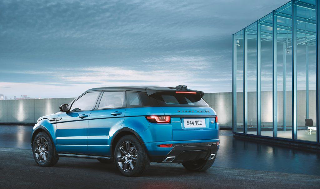 246446-03-Land-Rover-pb-vert-Range-Rover-Evoque-313743-original-1493999615