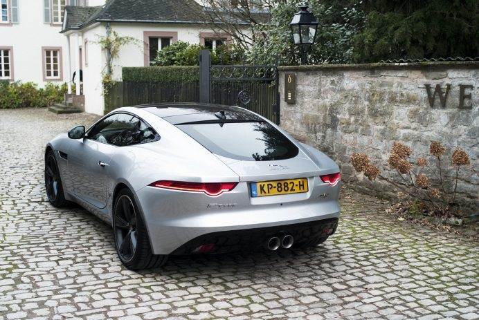 Mister_Cocktail_Jaguar_F-type_1