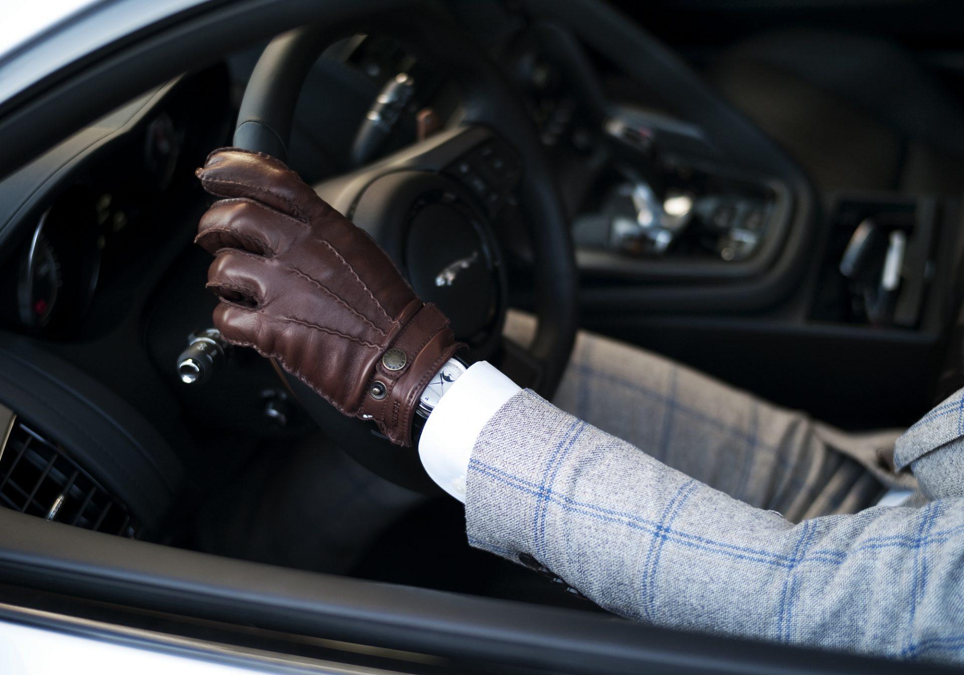 Mister_Cocktail_Jaguar_F-type_suit